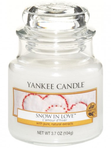 Snow-in-Love-swieca-yankee-candle-maly-sloik.jpg