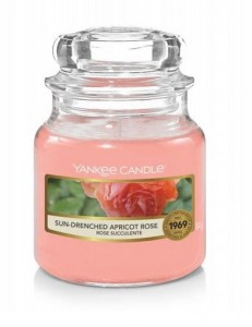 Yankee Candle Sun-Drenched Apricot Rose świeca  słoik mały
